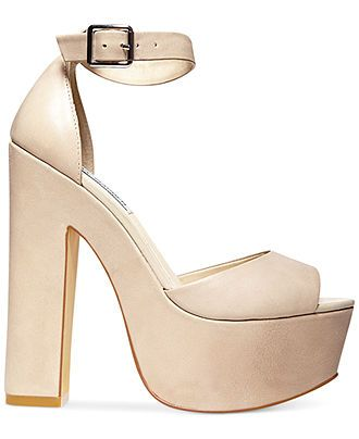 Steve Madden Whitman platform sandals — a chunky heel with a lot
