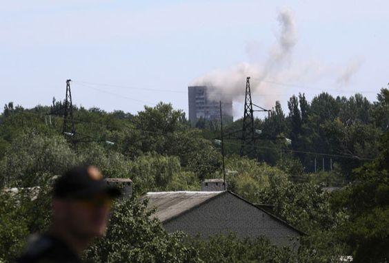 Exército ucraniano entra em cidades próximas à queda de avião malaio | Tô de Olho Em Você