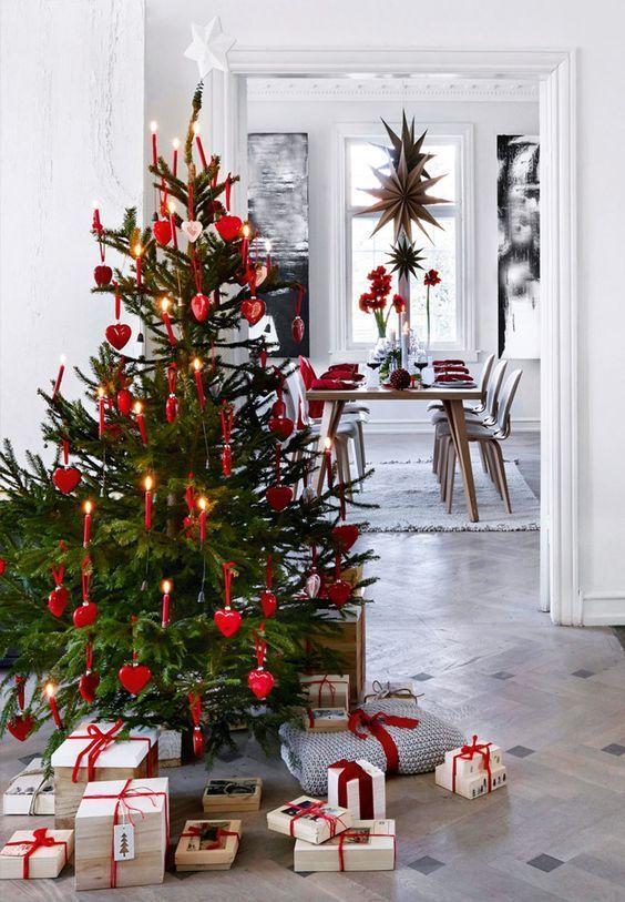 Scandinavian Style Christmas Tree Decorated With Red Heart Ornaments Scandinavian Christmas Trees Minimalist Christmas Tree Christmas Tree Themes