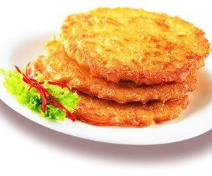 TORTILLITAS DE COLIFLOR / 1 Coliflor  3 Diente Ajo.  2 Huevos.  Perejil al gusto.  Pan rallado.  Sal al gusto.  Pimienta al gusto