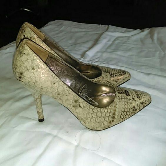 Bronze, Gold, Nude Heels ?? | Zapatos de tacón, Estampados de ...