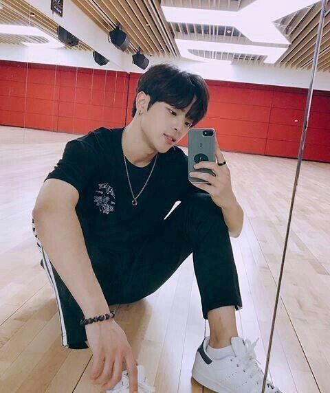 My Forever Angel Jeongchan Instagram Jeongin Post 9 Kim Woojin Stray Kids Kim Woo Jin Stray