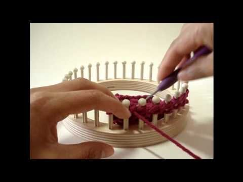 Loom Knit: How to do the Drop Stitch Pattern on a knitting loom - makes a ver...