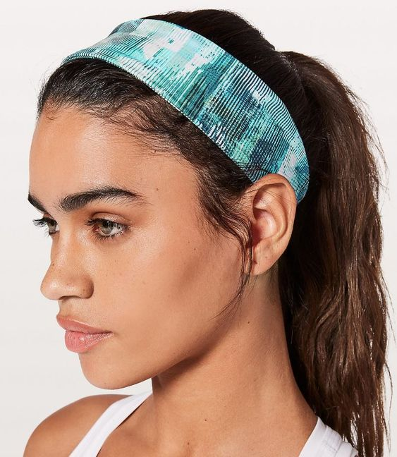 A round up of the best workout headbands! From www.fitactivelife.com