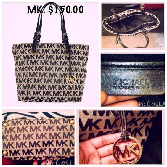 NWT Authentic Michael KORS handbag NWT. AUTHENTIC MICHAEL KORS HANDBAG Michael Kors Bags Totes