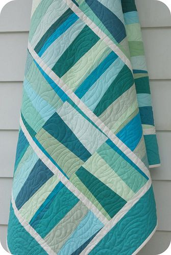 Escapade, pattern by Rachel Griffith, made with Kona solids, Poseidon colorway. Have the pattern and the fabric: so it IS on the list!