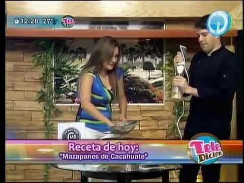 """Sección Cocina Teledición Televisa Hermosillo y Chef Manuel Salcido"""", hicimos mazapán, al aire 18/agosto/2014!!! buena vibra!!! #chefcms #televisa #hermosillo #televisahermosillo #mazapán http://youtu.be/jHDLvkYI-tQ"""
