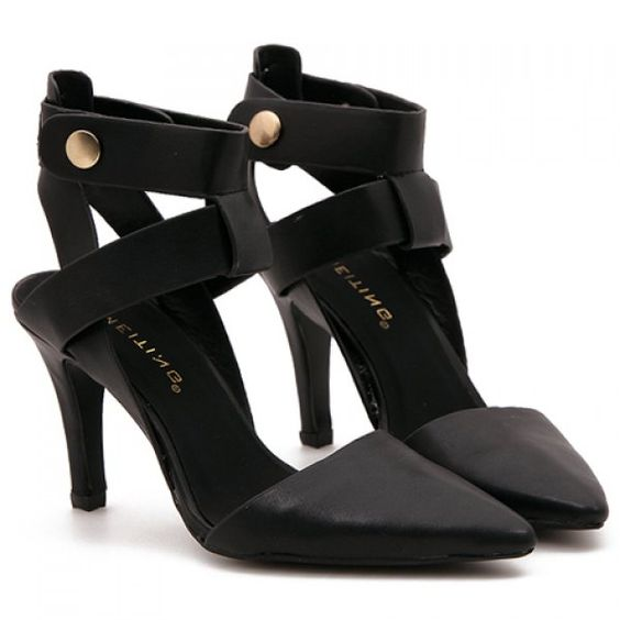Rome Pointed Toe and Black Design Women's Sandals