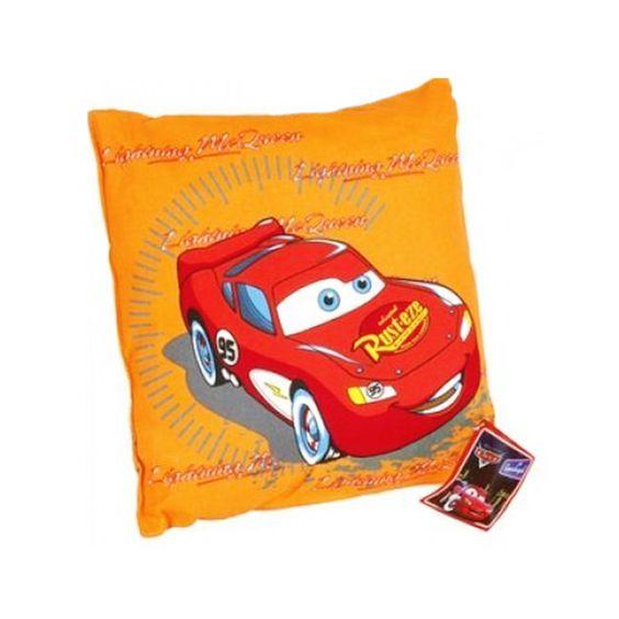 Le coussin Disney de marque Cars est superbe pour un garçon - Un oreiller trop beau avec la voiture Flash McQueen, idéal pour la déco d'une chambre d'enfant  http://www.lamaisontendance.fr/catalogue/coussin-disney-cars-deco-enfant/  #coussin #oreiller #enfant #chambre #cars #disney #décoration #déco #maison