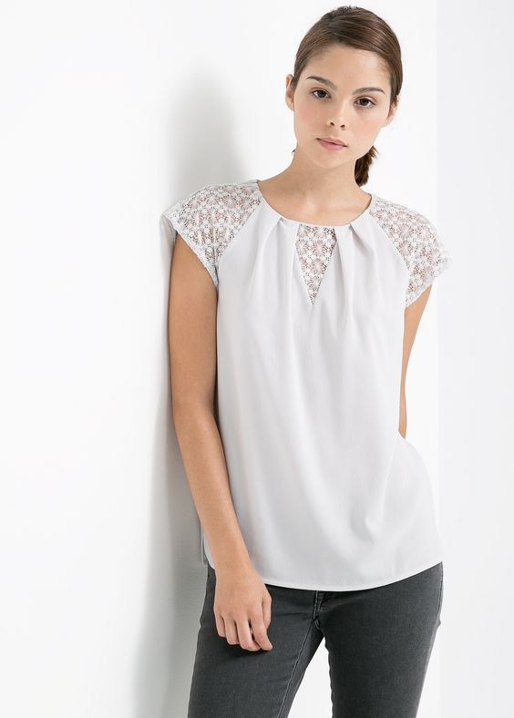 Chemisier détails dentelle - T-shirts pour Femme | MANGO France