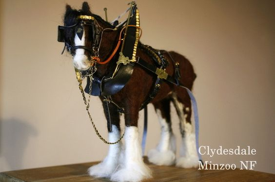 Clydesdale Horse felted sculpture by Minzoo Needle Felting.
