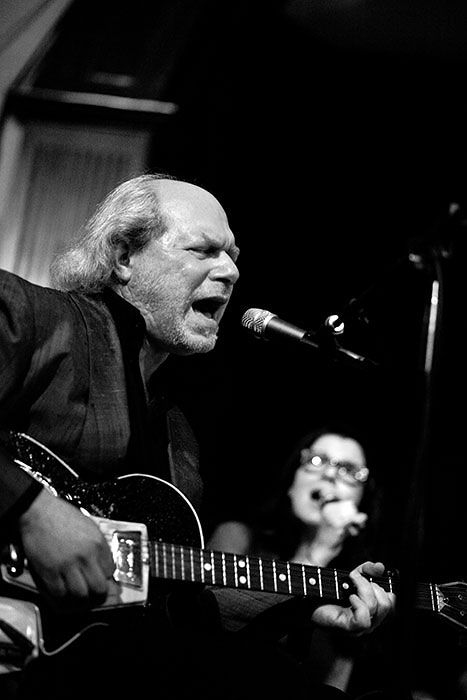 Buddy Miller- only pic I've EVER seen of him without a hat on.
