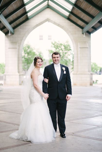 What an elegant couple! Annabeth + Marty's wedding is on the Brides of Oklahoma Blog! | Emily Ann Hughes Photography | #bridesofok #weddings #oklahoma