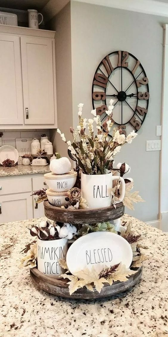 83 Gorgeous Farmhouse Summer Decor and Design Ideas #farmhouse #summerdecor #designideas » makingupcode.com
