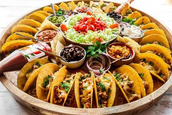Easy Taco Recipe Dinner Board #tacos #tacoboard #easytacos