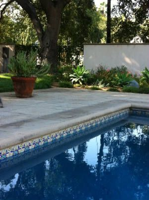 Mediterranean tile images orientalist tiles and reproductions for pools outdoor living for What is swimming pool in spanish