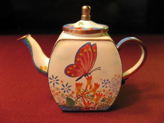 teapot de la colecci n de charlotte di vita see more at. Black Bedroom Furniture Sets. Home Design Ideas