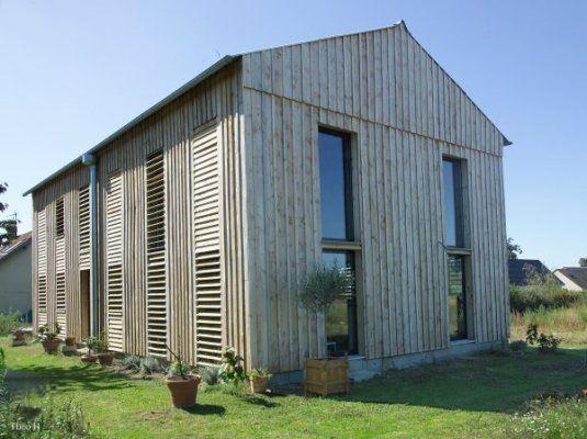 S choir tabac transform en maison cabane en bois - Hangar transforme en maison ...
