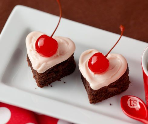Amaretto, cherries and chocolate together make this a wonderful little treat for your sweetie.