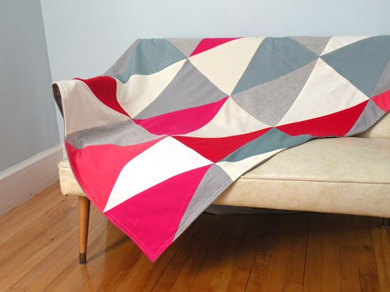 fichu chiffon quilt throw blanket by la cabane atelier www.lacabaneatelier.com