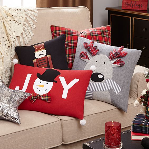 Christmas Pillows and Indoor Decor: