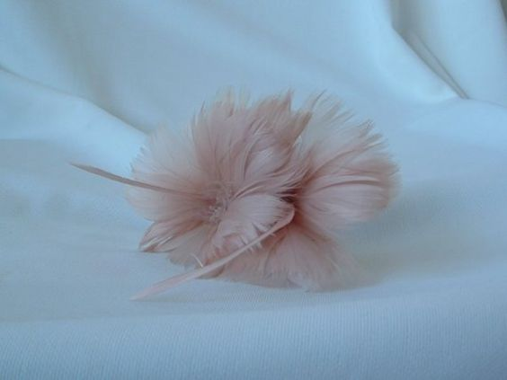 2 Feather Flowers in Cafe Du Lait by simplysilverbyheena on Etsy, $3.50