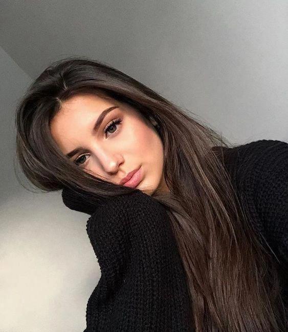Poses Perfectas Para Selfies Fire Away Paris Darkbrownhair Selfie Poses Instagram Cute Selfie Ideas Selfies Poses