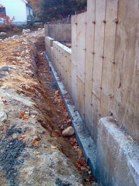 How To Determine If A Poured Concrete Or Block Foundation Is Best For Your New Home In 2020 Poured Concrete Concrete Block Foundation Concrete Block Walls