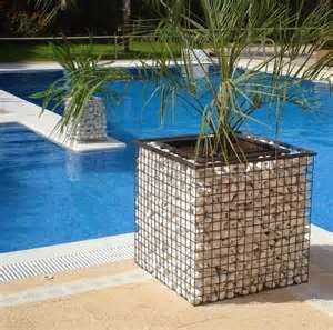 Square gabion planter