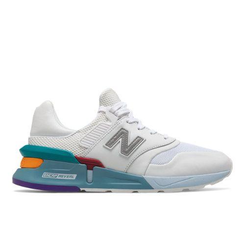 New balance sneakers mens