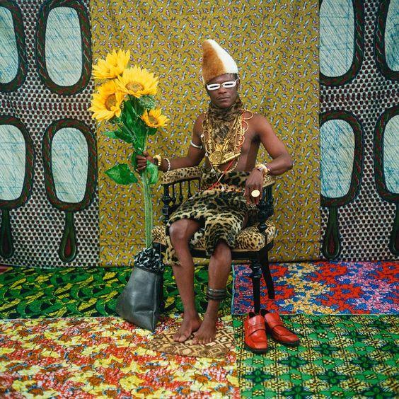 Samuel Fosso, Le Chef qui a vendu l' Afrique aux colons, 1997: