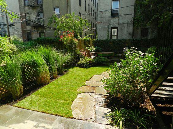 Townhouse garden gardens outdoor rooms pinterest for Small townhouse gardens