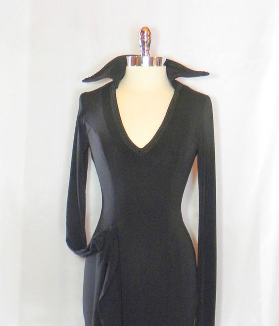 Hey, I found this really awesome Etsy listing at https://www.etsy.com/listing/225223672/morticia-addamsextreme-sleeves
