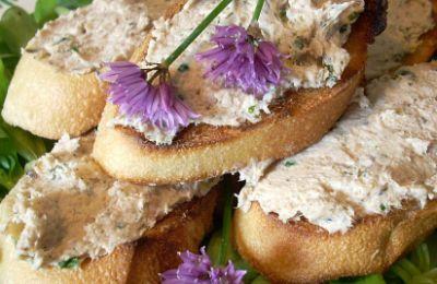 750 grammes vous propose cette recette de cuisine : Toasts aux rillettes de sardines. Recette notée 4.5/5 par 4 votants