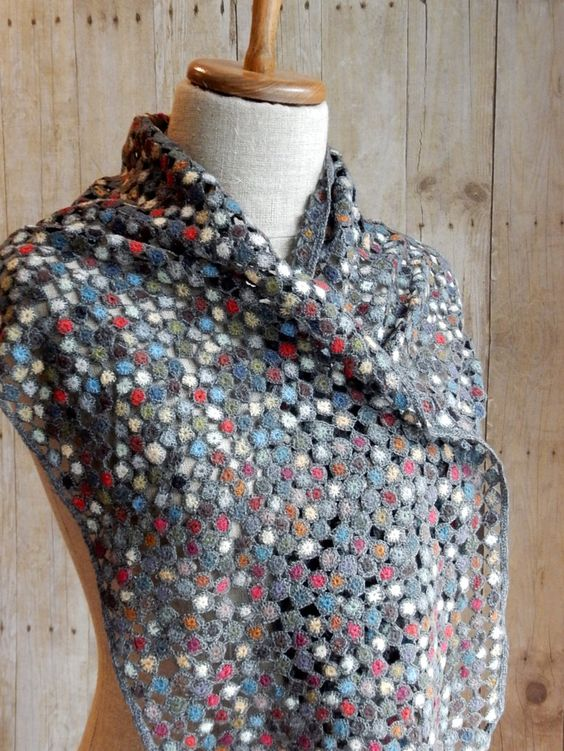 """Collector"" scarf Sophie Digard crochet:"