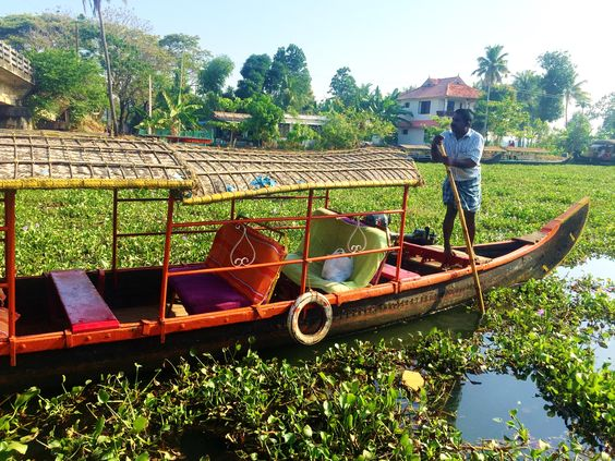 Canal ride through the Backwaters. 22 Photos That Will Make You Want To Visit The Backwaters Of Kerala NOW!