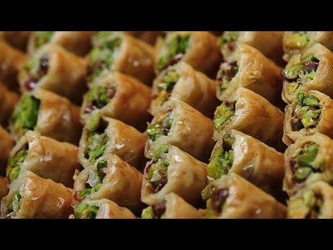البقلاوة طريقة تحضير البقلاوة بالفستق والكاجو بالطريقة الاصلية وطعم اكث Desserts Food Lebanese Desserts