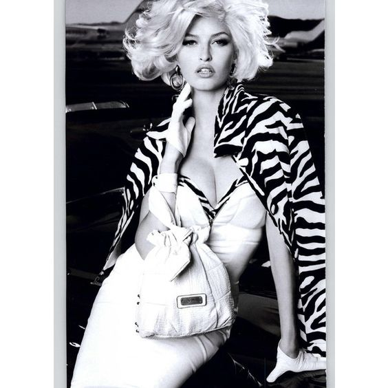 Guess by Marciano Ad Campaign Spring/Summer 2011 ❤