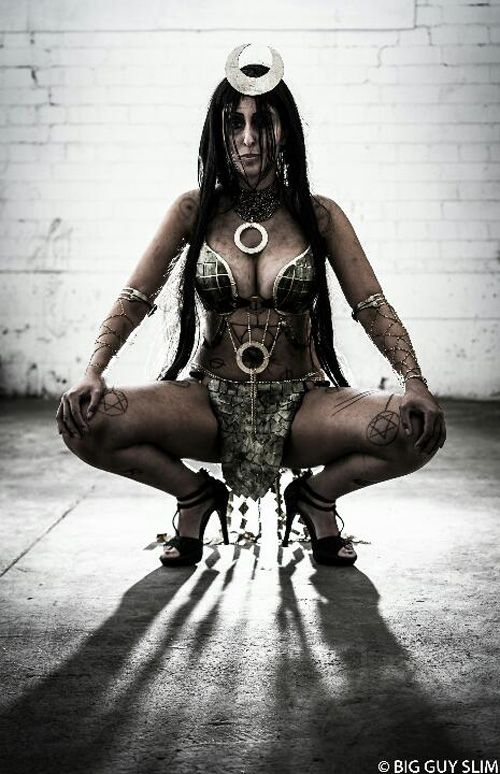 Enchantress from Suicide Squad Cosplay http://geekxgirls.com/article.php?ID=7562