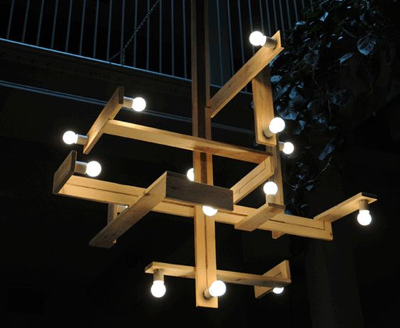 Pallet love -- DIY-Pallet-Chandelier