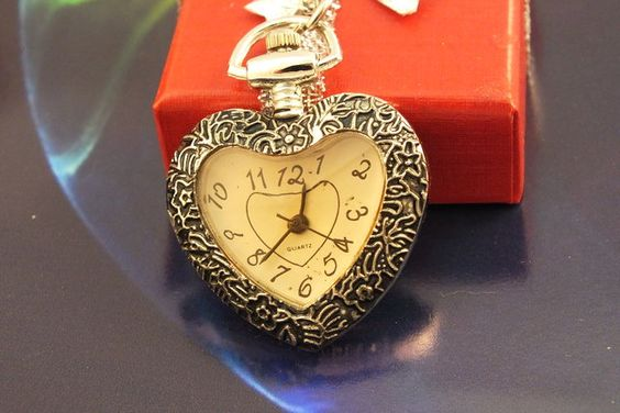 Come join us!! Bid on great items like this one!  Lovely Retro Antiqued Silver Heart Watch Necklace has a Quartz movement and comes on a approx 27 inch silver tone necklace and a extra battery.  http://tophatter.com/auctions/16003?campaign=all=internal  @Tophatter
