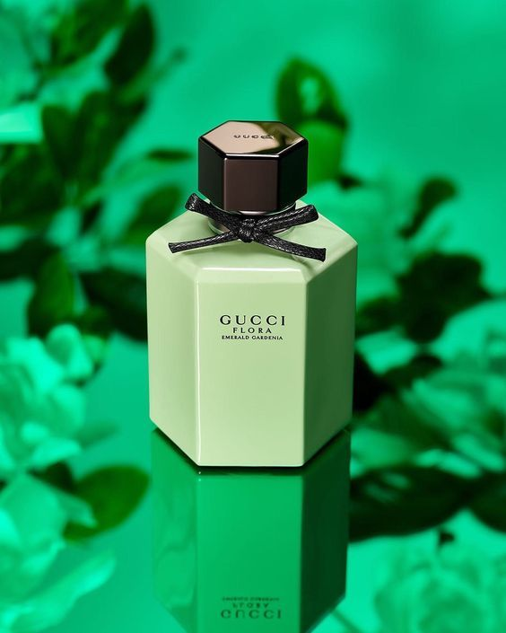 غوتشي فلورا إميرالد غاردينيا ماء تواليت Gucci Flora Emerald Gardenia Eau De Toilette عطر العطر Gucci Flora Perfume Perfume Sephora Beauty