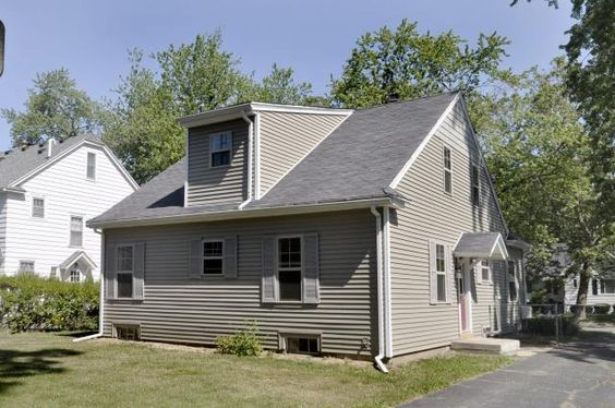 Capes home and cape cod on pinterest for Cape cod dormer plans