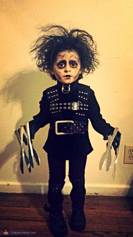 Jacquelin: My 3 year old daughter Khloe Evelyn dressed as Edward scissor hands, the idea came from wanting to make a better costume then last year where she dressed up at...:
