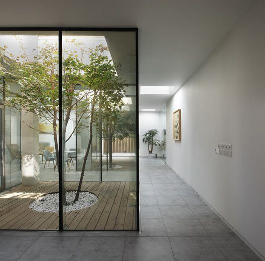 Archdaily Broadcasting Architecture Worldwide Indoor Courtyard Patio Interior Courtyard Design