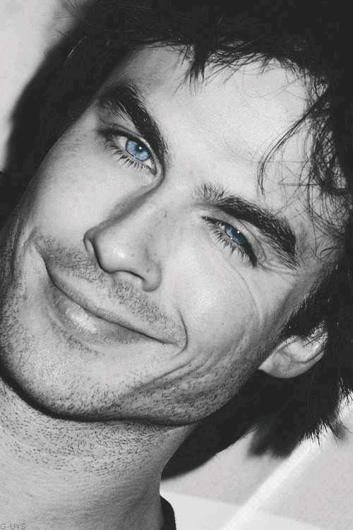 Pin By אדליה דינר On Damon Salvatore Ian Somerhalder Ian Somerhalder Vampire Diaries Damon Salvatore Vampire Diaries Vampire Diaries Damon