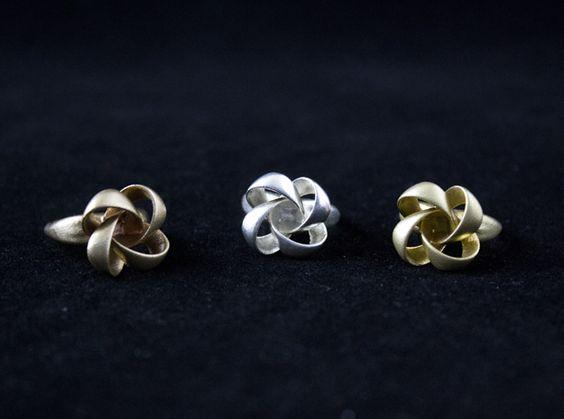 Little Knots http://www.geekprints.es/Jewelry/Rings
