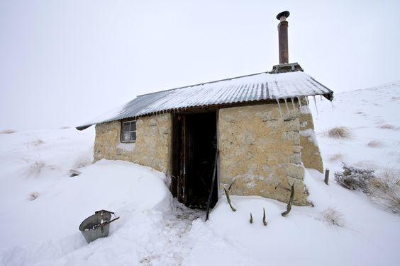 Mountain Cabin aka Blackmore Bach