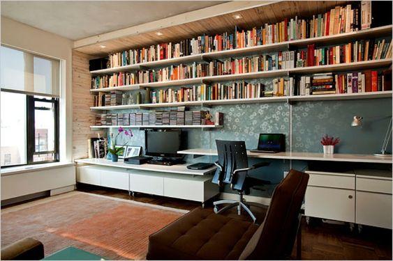 リビングの作り付けの巨大本棚 | 住宅デザイン
