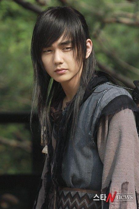 """Yoo Seung Ho in """"Warrior Baek Dong Soo"""""""